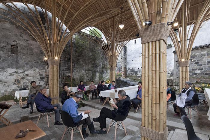 竹蓬乡堂成为服务村民和游客的公共空间。摄影/夏至