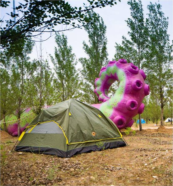 音乐节里的营地和帐篷。 图片来源:MTA天漠音乐节