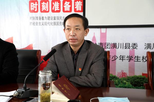 图三:局党组书记、局长黄建新做总结讲话.JPG